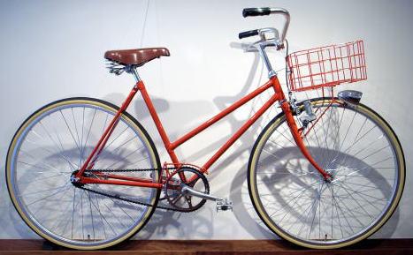 ... 自転車 アロー 横浜 の 自転車